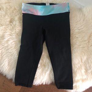 Girls cropped lululemon leggings